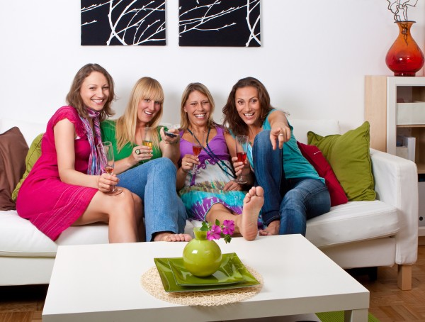 girlfriends on the couch 3