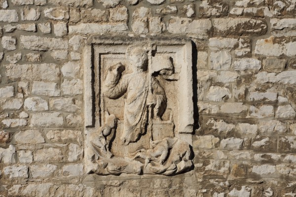 wall relief pula