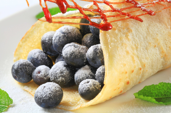 crepe with fresh blueberries