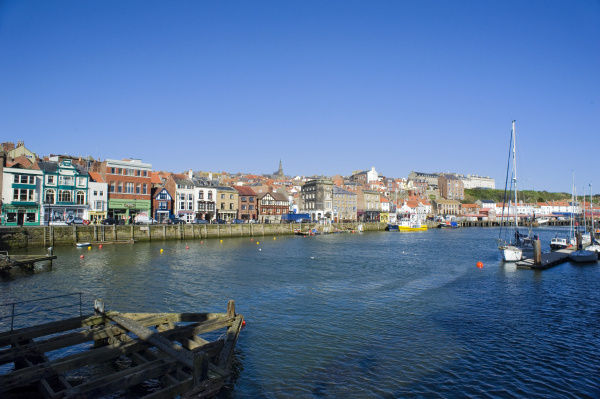 middle harbour whitby north