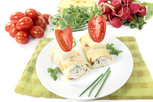 stuffed cheese crepe rolls