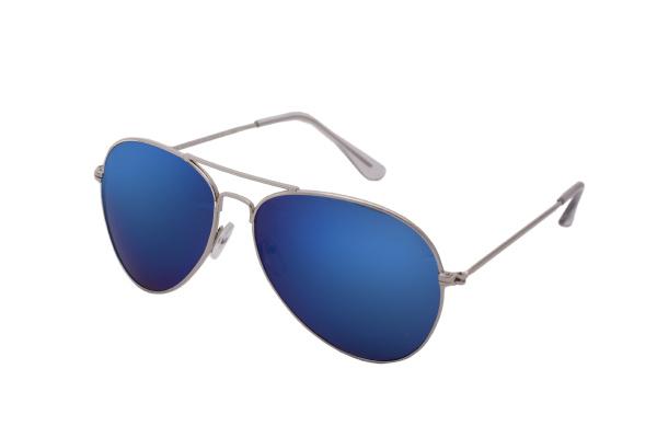 blue sunglasses pilot glasses in classic