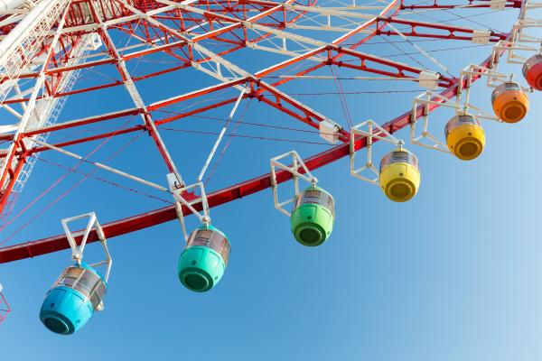 ferris, wheel, with, blue, sky - 16323341
