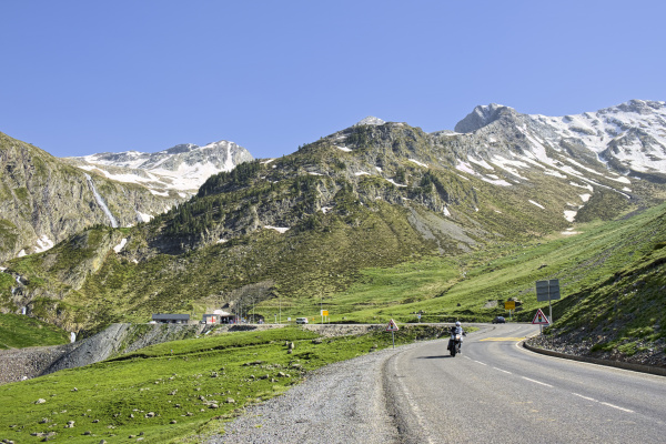 france central pyrenees hautes