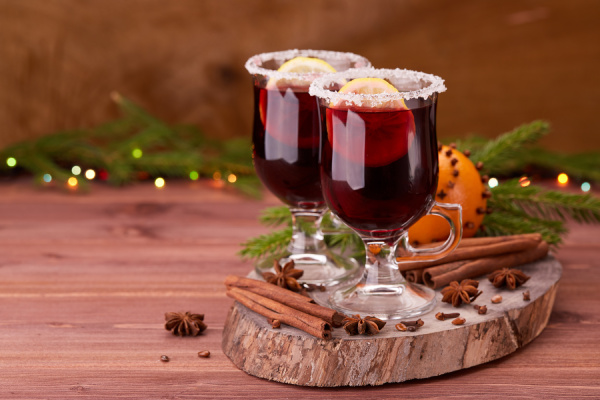 glasses of mulled wine on wooden