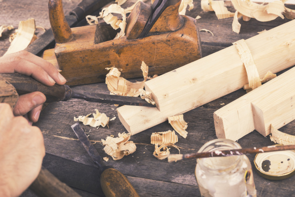 joinery carving the wood