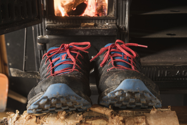 tral running shoes dry outside wood