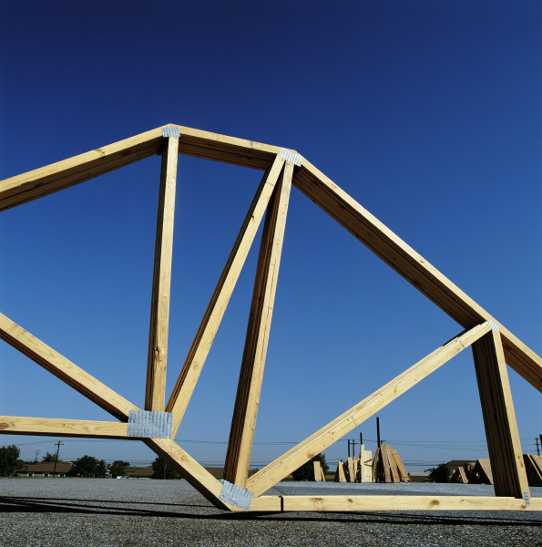 roofing timber trusses on site