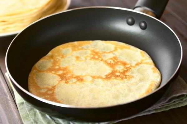 crepe in frying pan