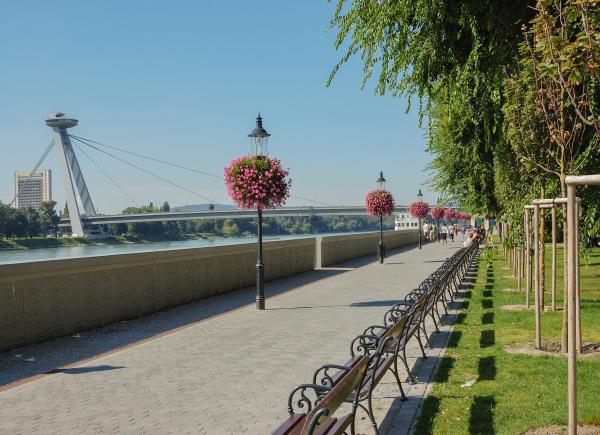 park by river danube bratislava