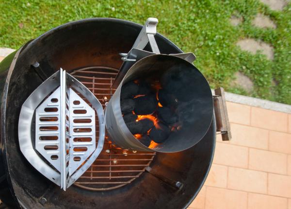 preparing barbecue grill