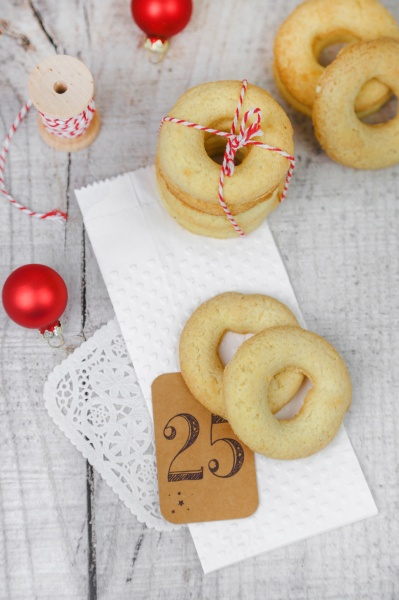 butter cookies frollini for christmas