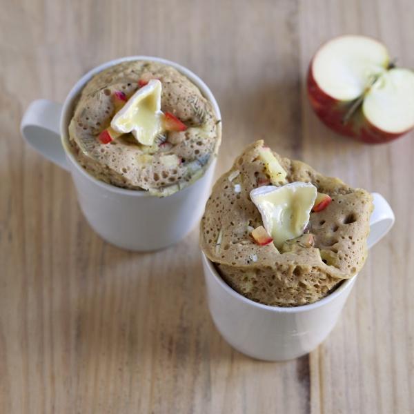 savoury mug cakes with camembert apple