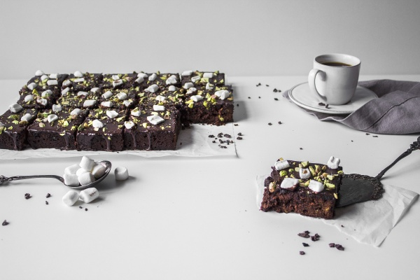 gluten free chocolate brownies with marshmallows