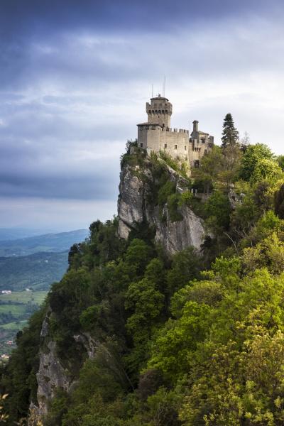 cesta tower on cliff