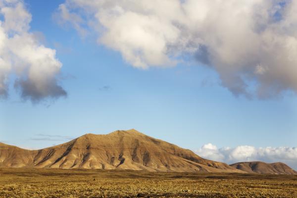 mountains european caucasian europe spain nearness
