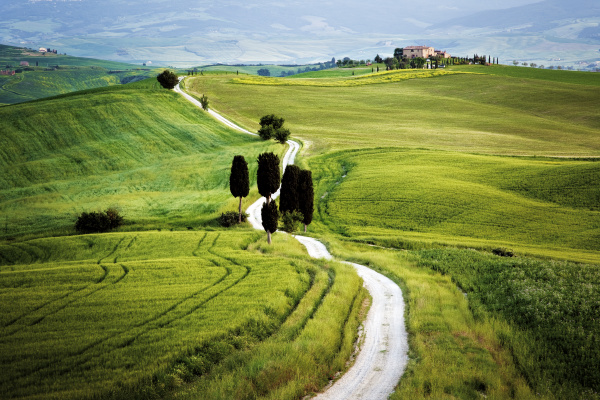 italy tuscany val dorcia road to