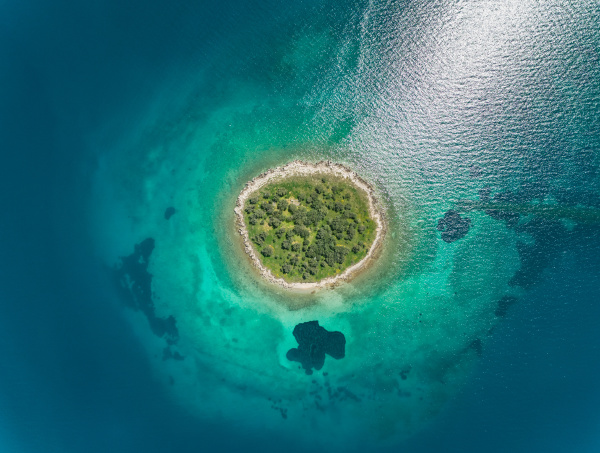 aerial view of islet of itea