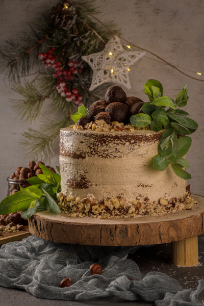 delicious naked coffee and hazelnuts cake