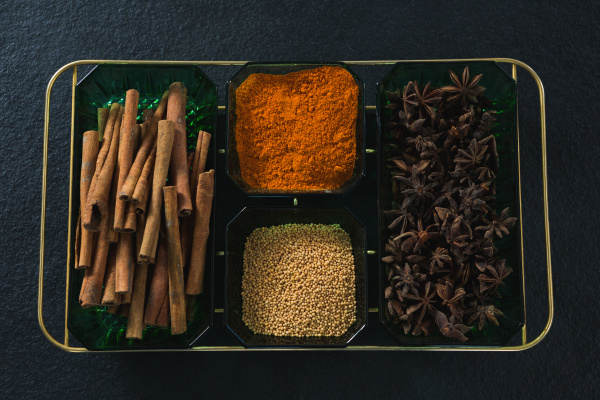 anise and cinnamon with spices powder