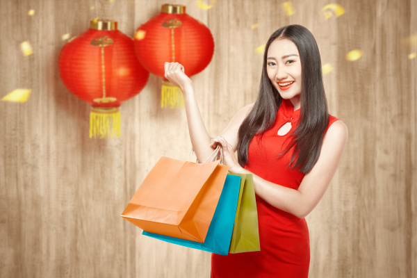asian chinese woman in cheongsam dress