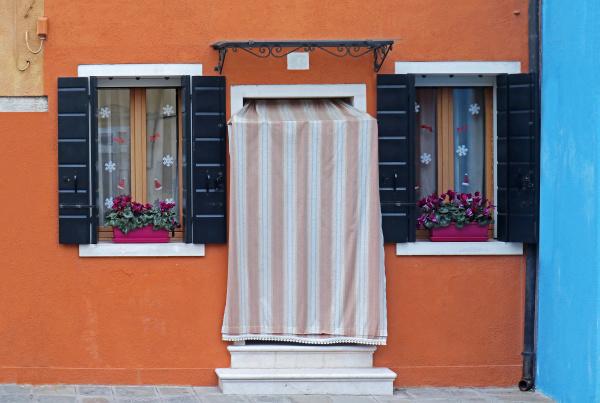 entrance door orange facade