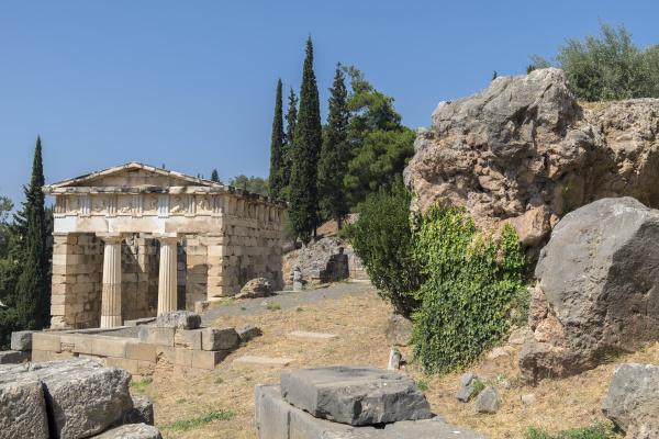 treasury of the athenians delphi