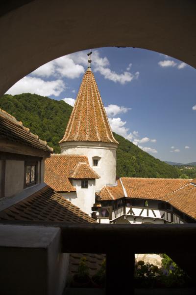 13th century bran castle draculas