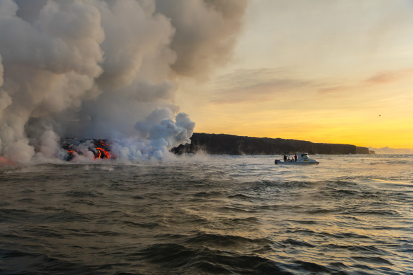 lava boat tour kilauea volcano