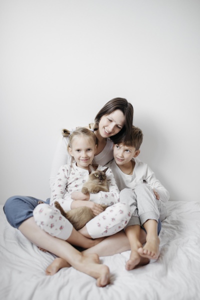 mother with two kids and a
