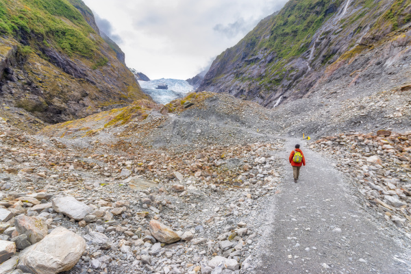 female hiker at franz josef glacier