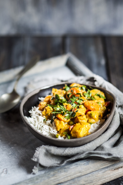 bowl of vegan curry with potatoes