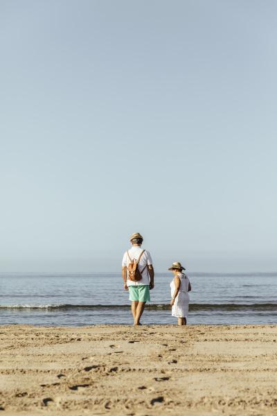 senior couple on the beach el