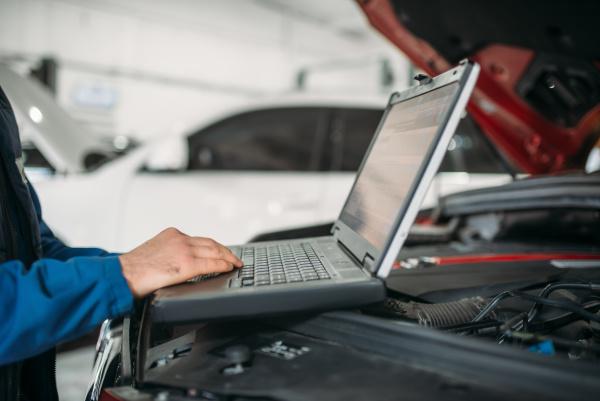 computer, diagnostics, of, the, car, in - 28076797