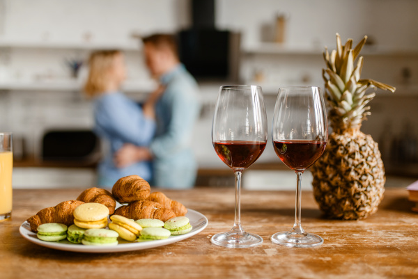 two, glasses, of, red, wine, - 28077548