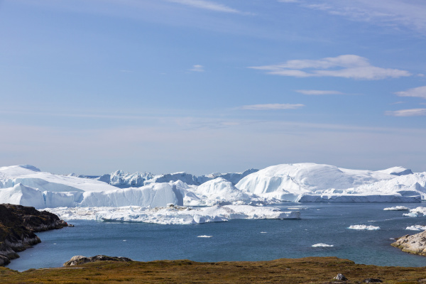 majestic glacial icebergs on sunny remote