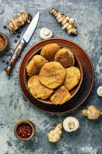 cutlets from jerusalem artichoke and mushrooms