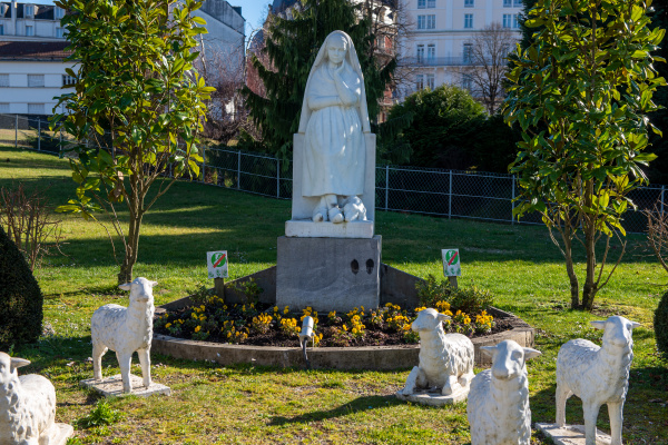 statue of bernadette of lourdes with