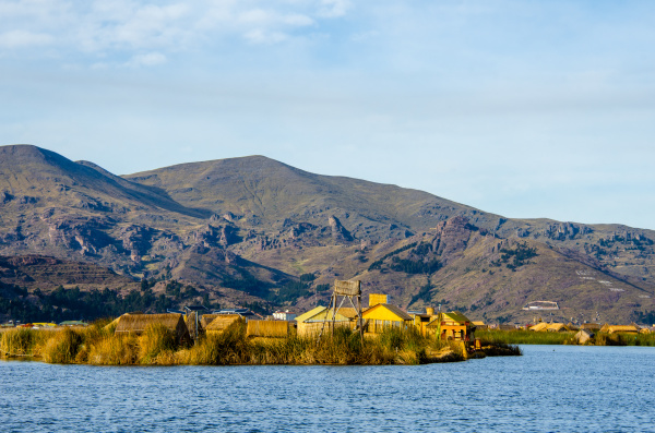 uros floating island settlement lake titicaca