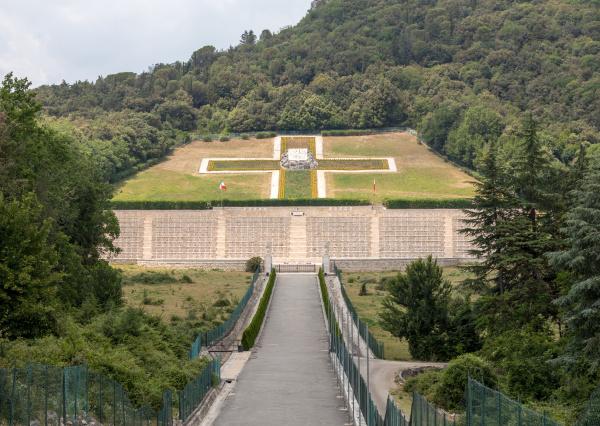 polish, war, cemetery, at, monte, cassino - 28238082