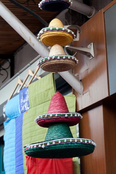falling, colourful, hats - 28239314