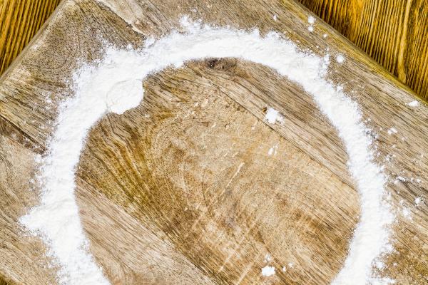 flour, on, the, board - 28239571