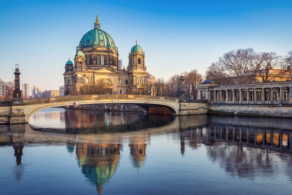 teh famous berlin cathedral while sunset