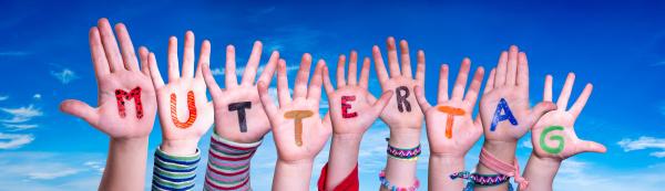 children hands building word muttertag means