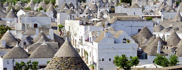 roofs of alberobello
