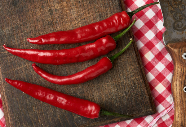 pods of red chili peppers on