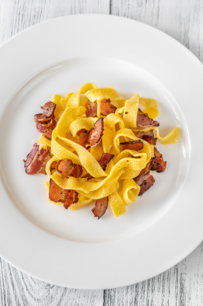 pappardelle pasta with pancetta