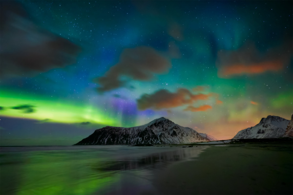 aurora borealis northern lights lofoten islands