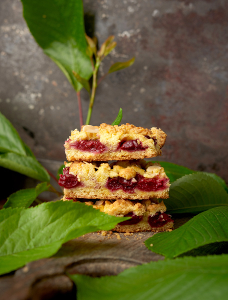 stack of square pieces of crumble