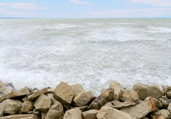 horizon adriatic sea and rocks